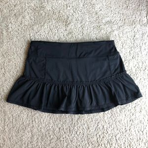 Lululemon Black Ruffle Skirt Skort Size 4